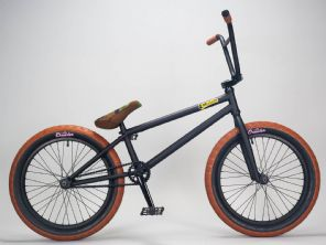 Supermain 21 Black - complete Mafia BMX Bike